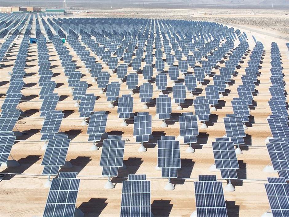 Fotoelektrična solarna elektrana | Author: nellis.af.mil