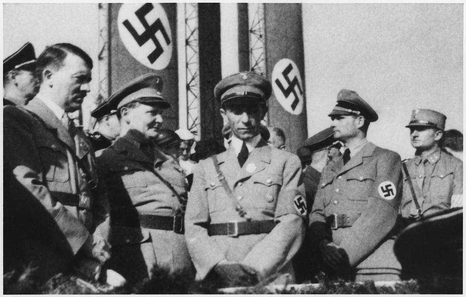 Hitler, Hermann Goering, Joseph Goebbels i Rudolf Hess | Author: U.S. National Archives and Records Administration