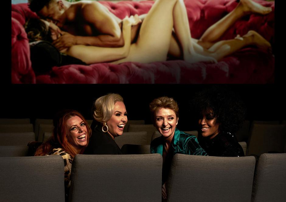 Priče lezbijski porno video