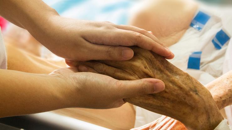 Ruka stare osobe