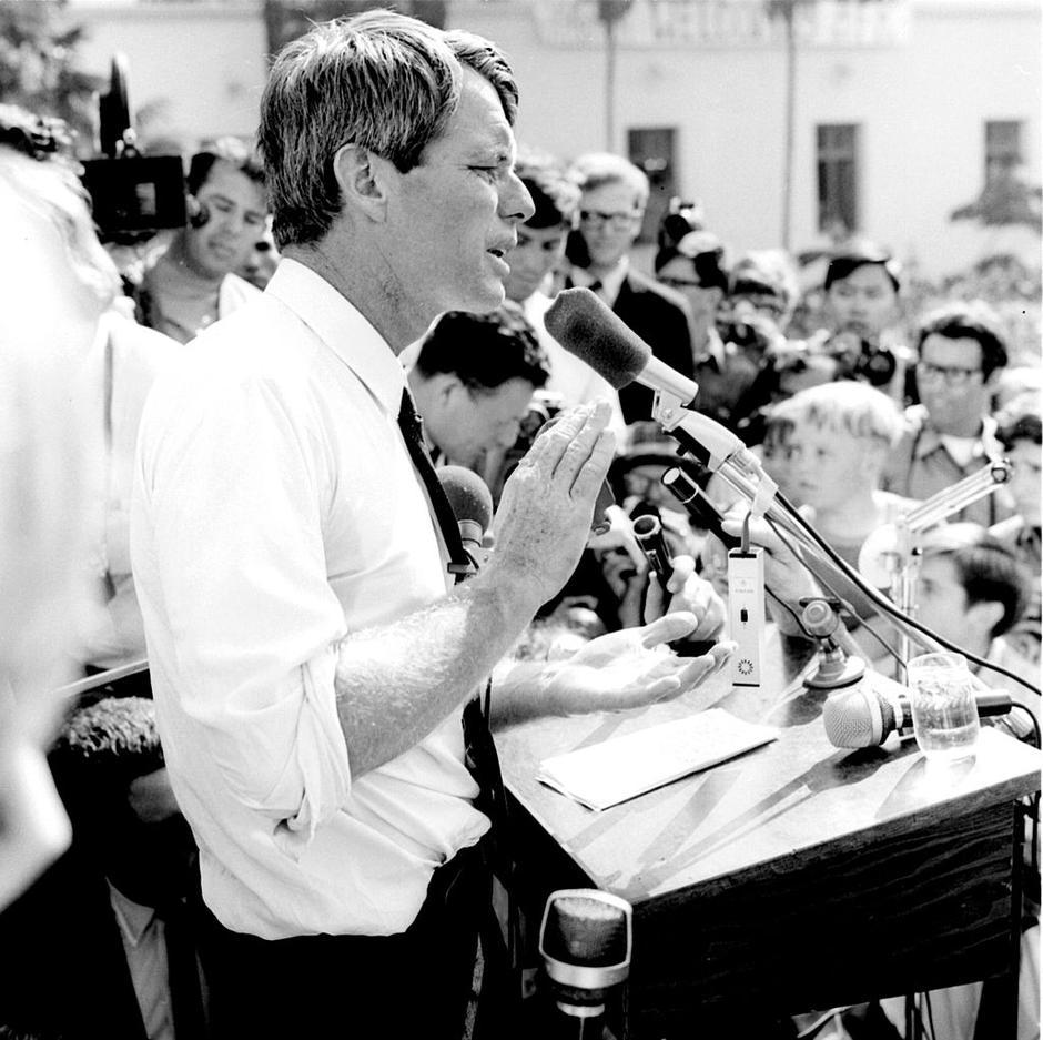 Robert F. Kennedy za vrijeme kampanje u Los Angelesu | Author: Wikipedia