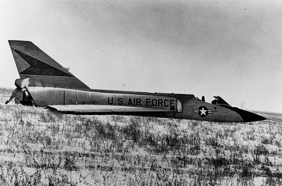 Convair F-106A Delta Dart, 1970., bez pilota sletio u polje | Author: US Air Force