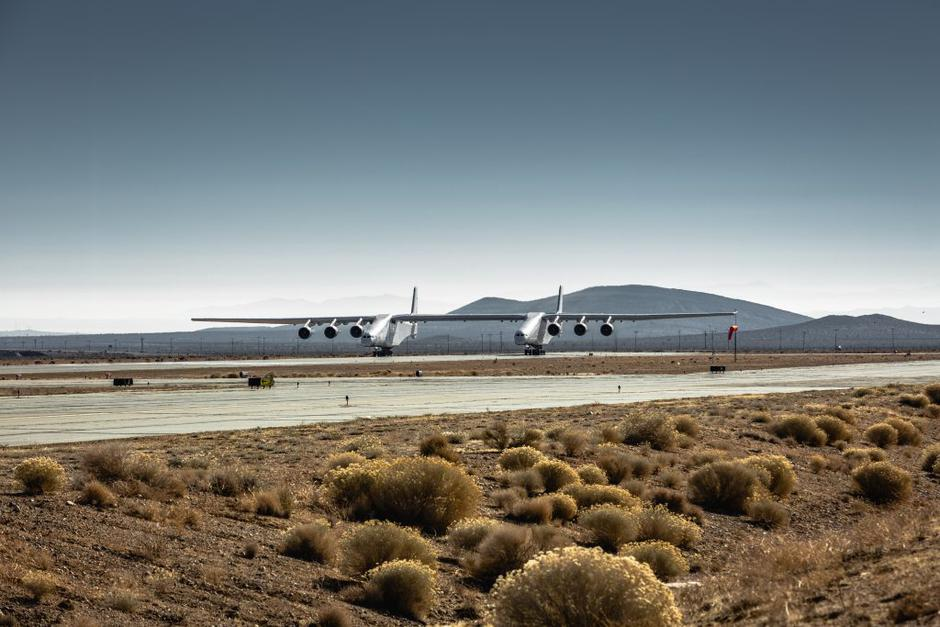 Avion Stratolaunch | Author: Stratolaunch
