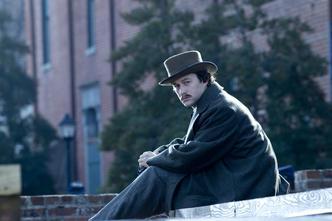 Joseph Gordon-Levitt kao Robert Lincoln u filmu Lincoln