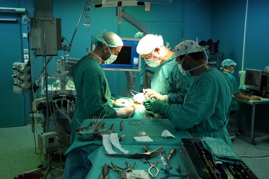 Cf pacijenti izlaze