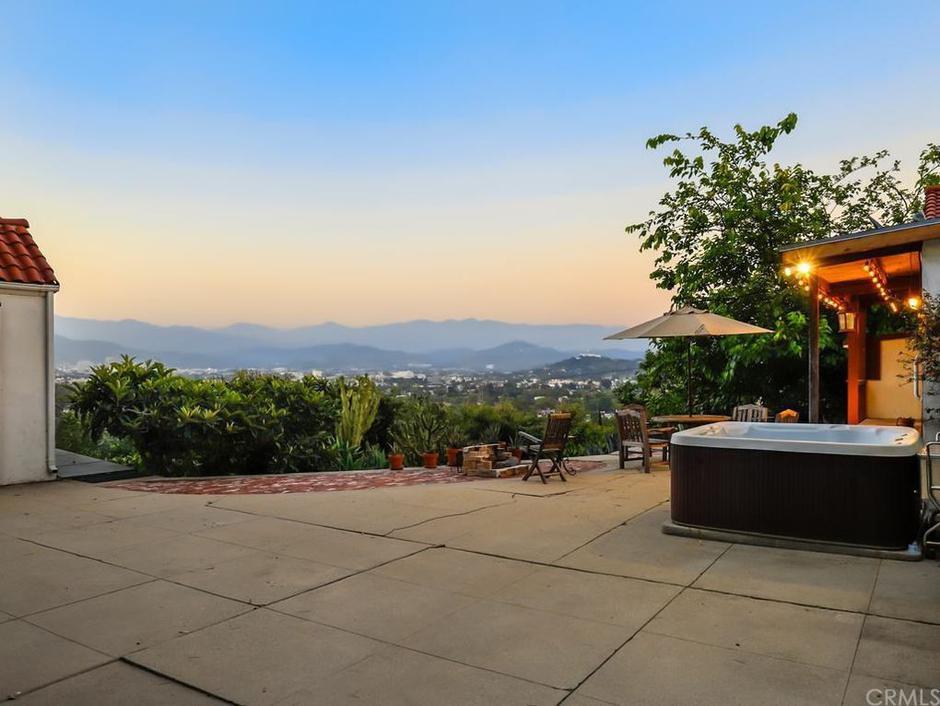 Vila u Hollywoodu - u kojoj je klan Mansona ubio obitelj   Author: Realtor.com