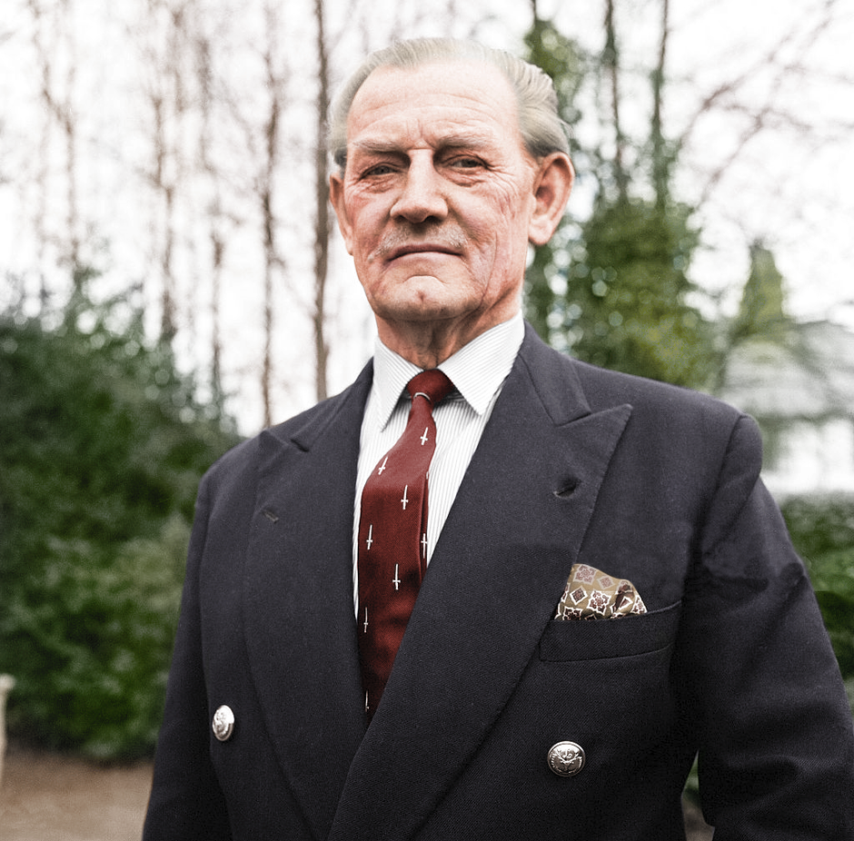 """Jack """"Mad dog"""" Churchill 