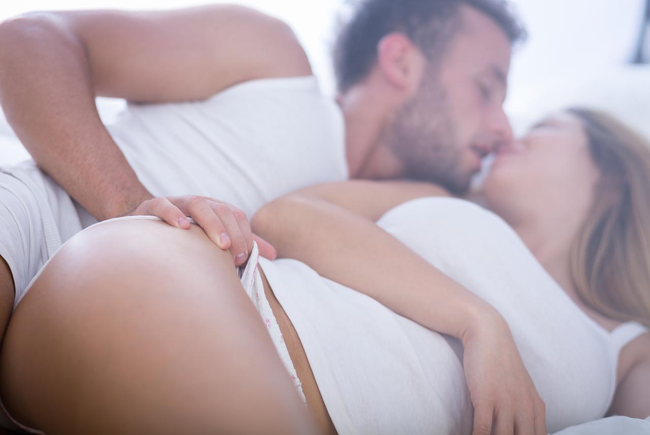 Najbolji lezbijski oralni seks