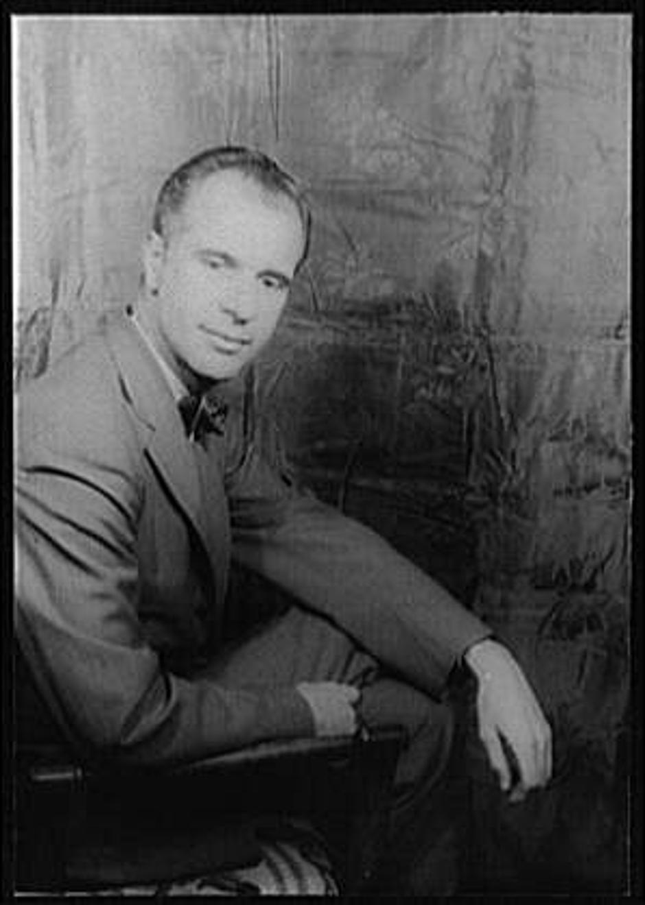 John Hersey | Author: Carl Van Vechten/Library of Congress