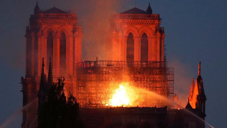 Image result for notre dame požar