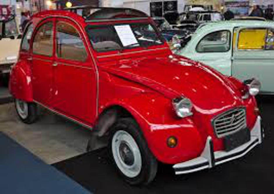 Citroen 2CV | Author: Wikimedia Commons