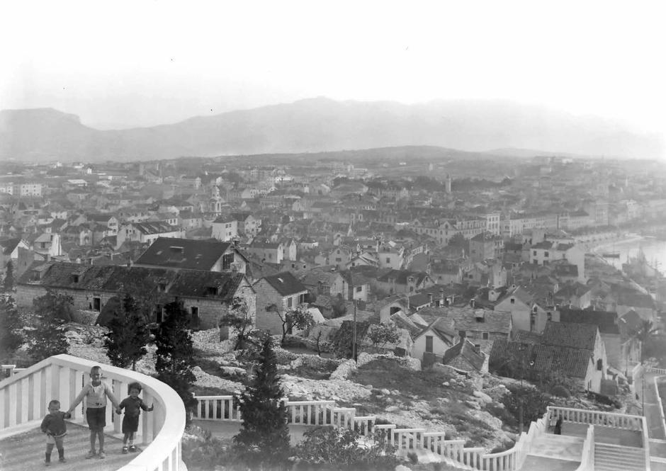 | Author: Fotorgrafija iz knjige Splitska luka iz fotoarhiva obitelji Buj