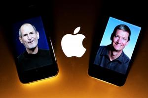 Steve Jobs i Tim Cook