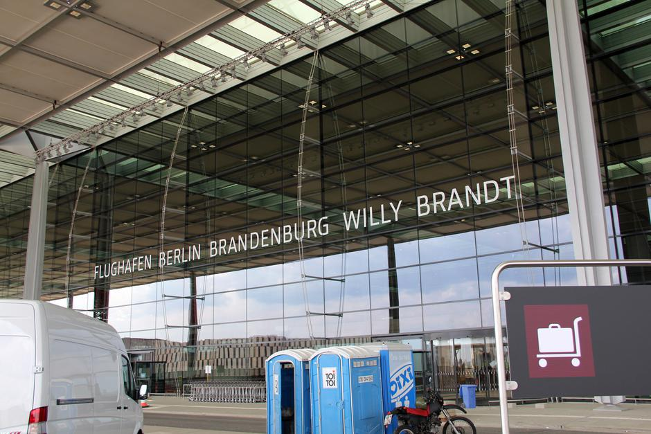 "Aerodrom Berlin-Brandenburg ""Willy Brandt"" 