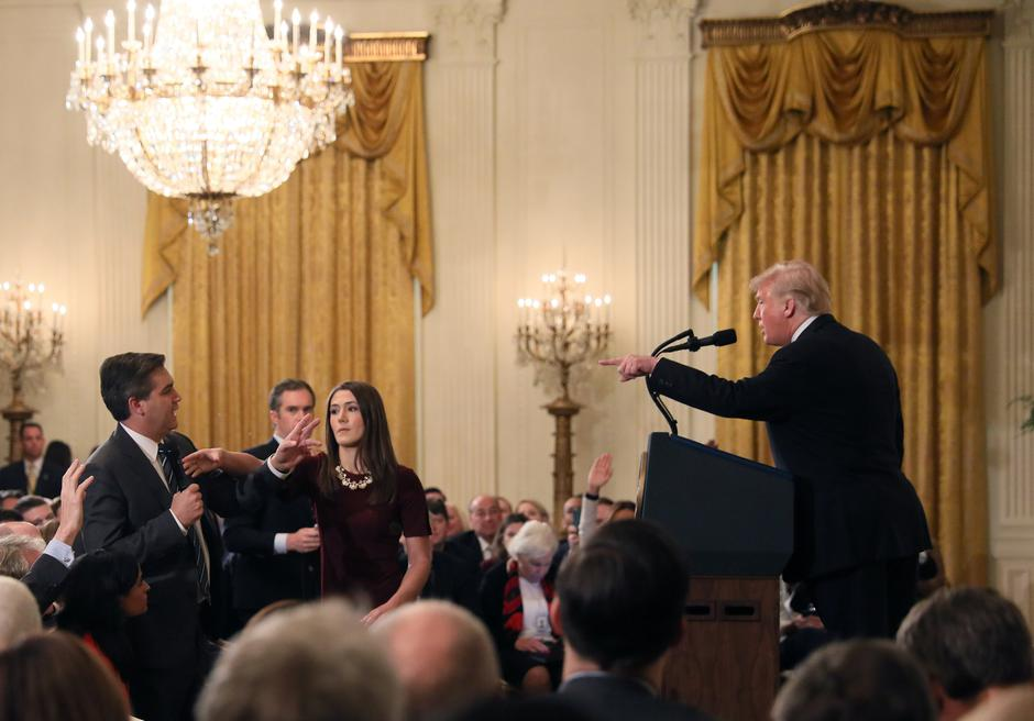 Novinar CNN-a Jim Acosta i Donald Trump | Author: JONATHAN ERNST/REUTERS/PIXSELL