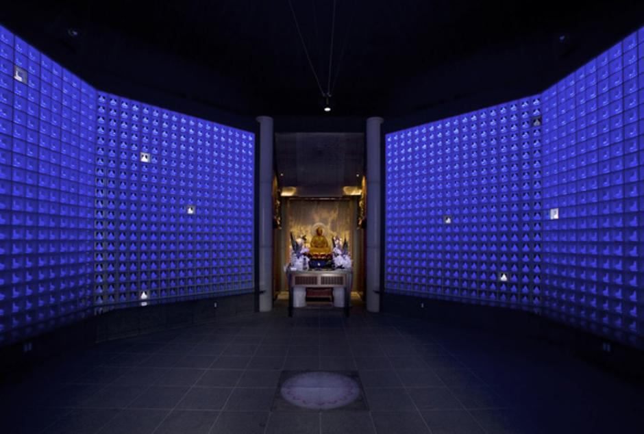 Novi koncepti grobnica   Author: www.ruriden.jp