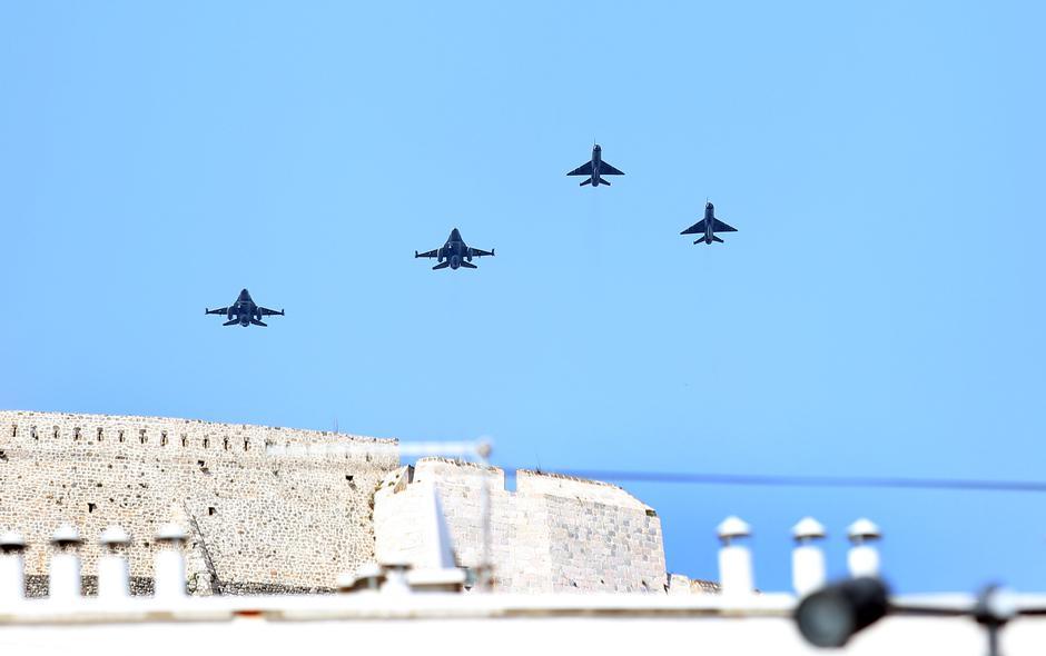 Izraelski F16 iznad Knina | Author: Hrvoje Jelavić/PIXSELL