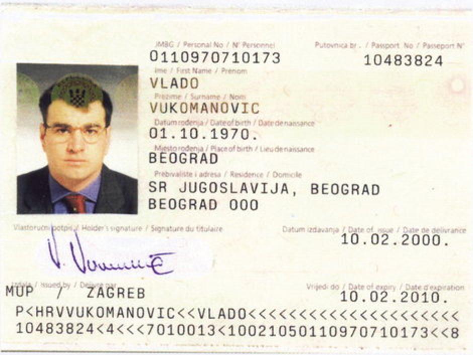 Hrvatska putovnica Milarada Ulemeka | Author: Blic