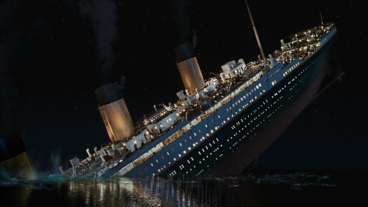 'ALTERNATIVNE ČINJENICE' SU U MODI! Titanic uopće nije potonuo, Amerikanci su sami izazvali Pearl Harbour, lov na blago u Troji i druge teorije