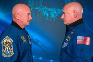 Scott i Mark Kelly