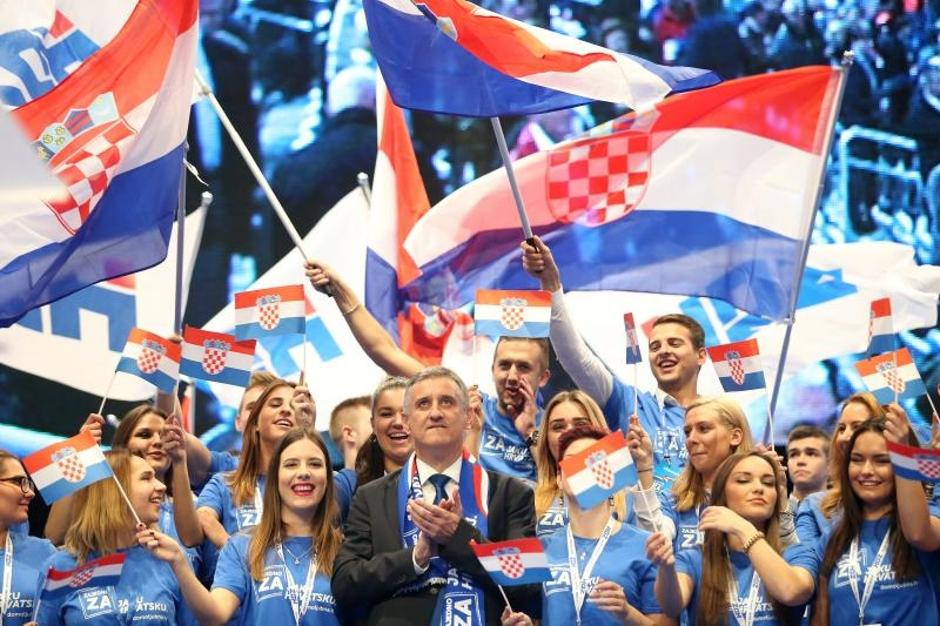 Predizborni skup HDZ-a   Author: Petar Glebov (PIXSELL)