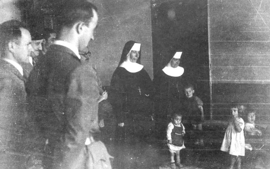Časne sestre i djeca iz ustaških logora | Author: Screenshot
