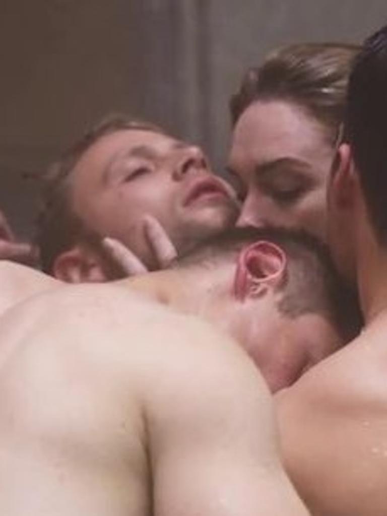 Video porno gay veliki kurac