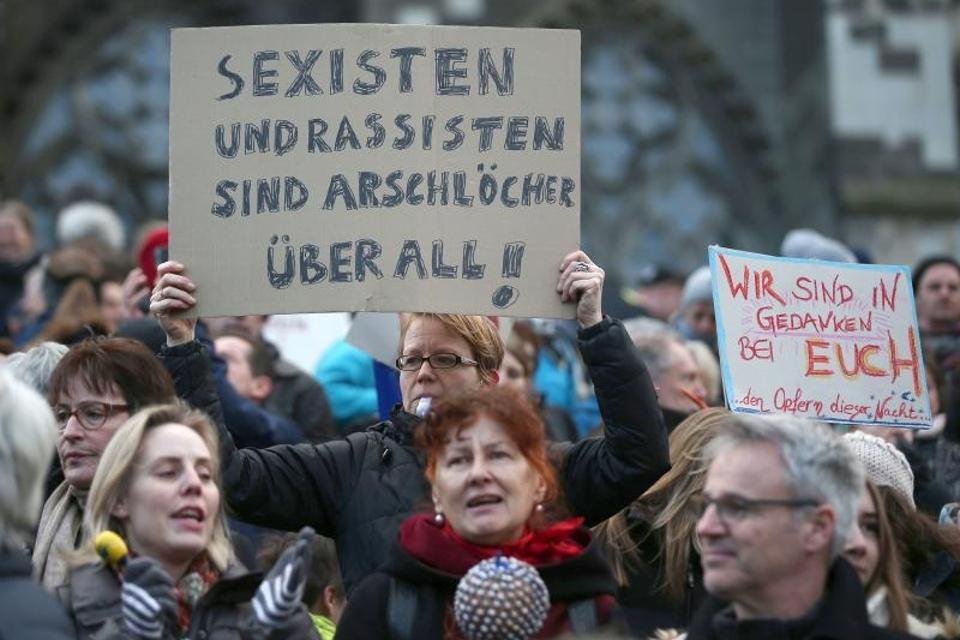 Zavjera šutnje: Ne smijemo ignorirati seksualne napade u Njemačkoj   Express
