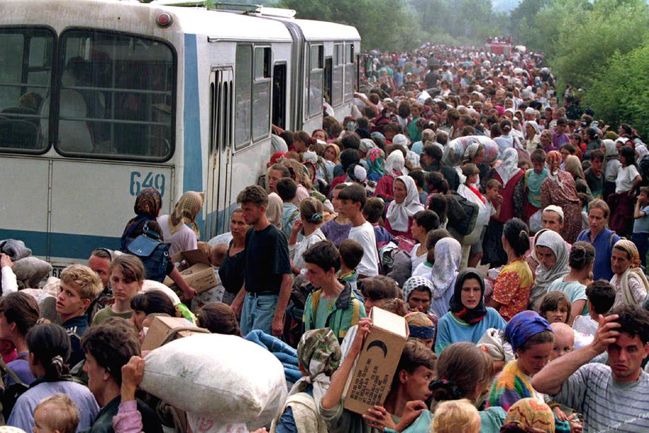 Izbjeglice iz Srebrenice | Author: REUTERS